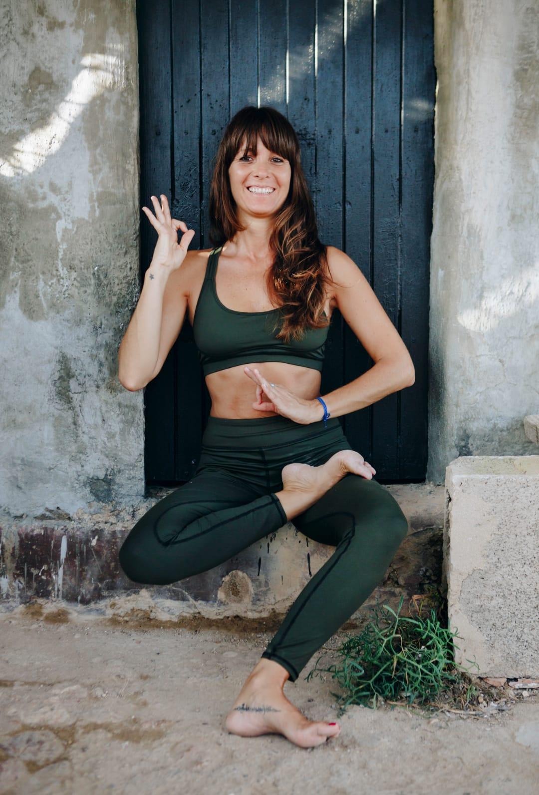 marta-almagro-yoga